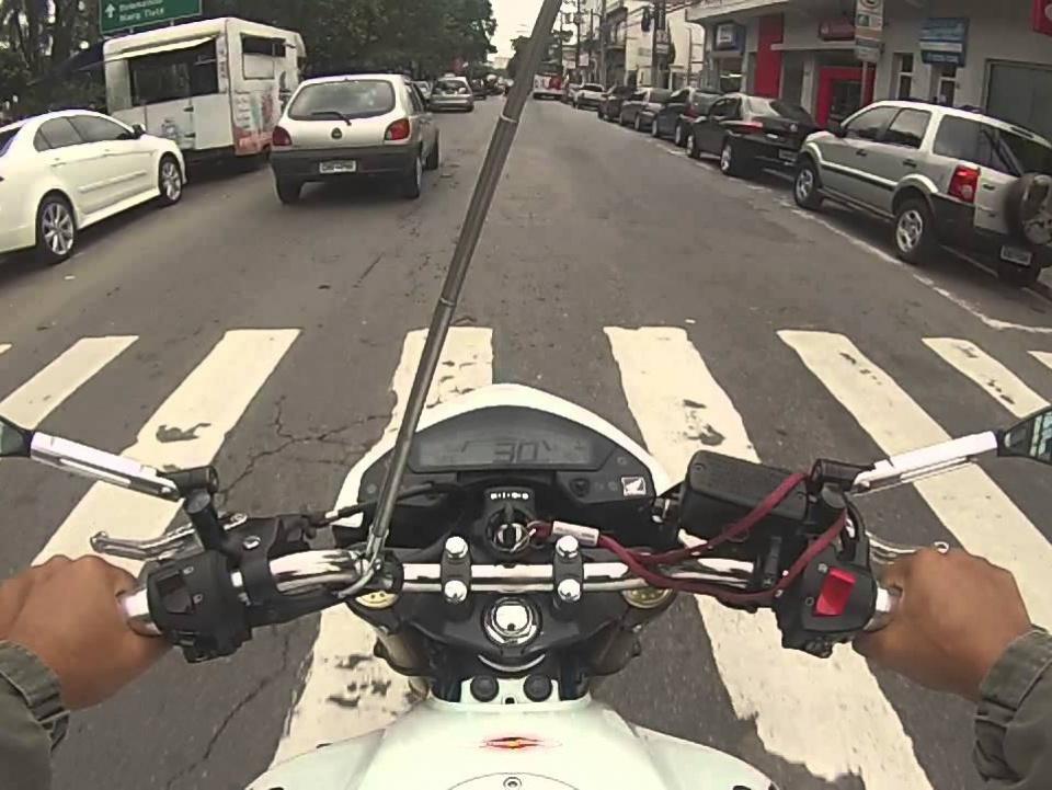 PGE-RJ pede liminar para suspender Lei que obriga instalação de antena em motocicletas para cortar linha de cerol